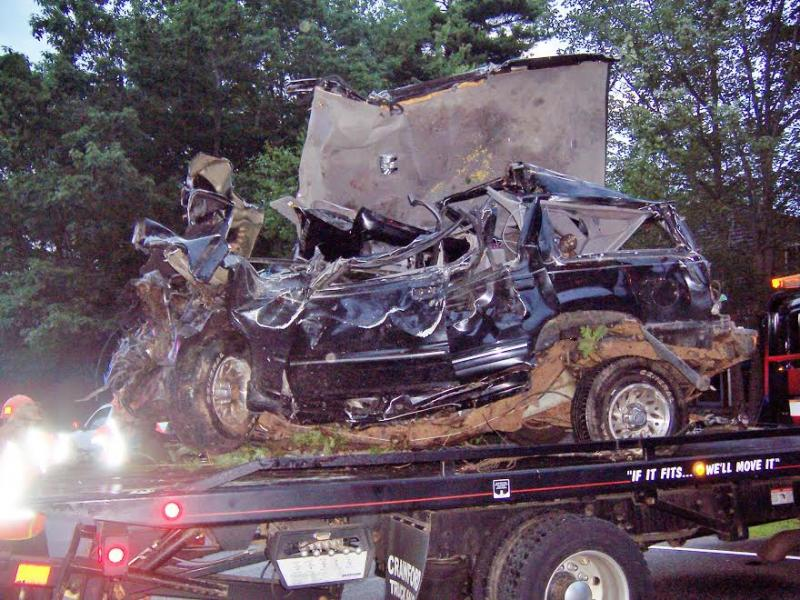 Two Teenagers Die In Early Morning Boothbay Car Crash Boothbay