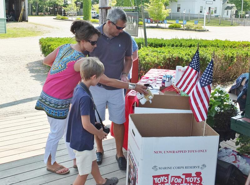 Toys For Tots Donation Site : Toys for tots announces drop off locations boothbay register
