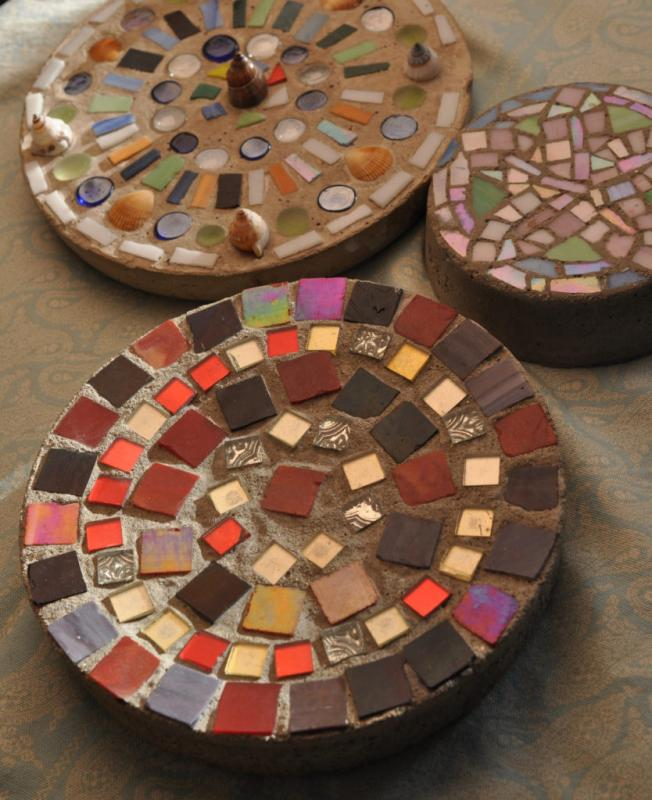 Art Night Out Mosaic Stepping Stone Craft Garden